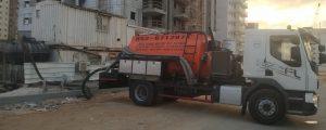 שירותי ביובית באתר בנייה בתל אביב